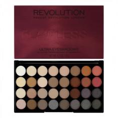 Палетка теней Ultra 32 Shade Eyeshadow Palette Flawless 2 MakeUp Revolution
